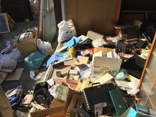 汚部屋の掃除