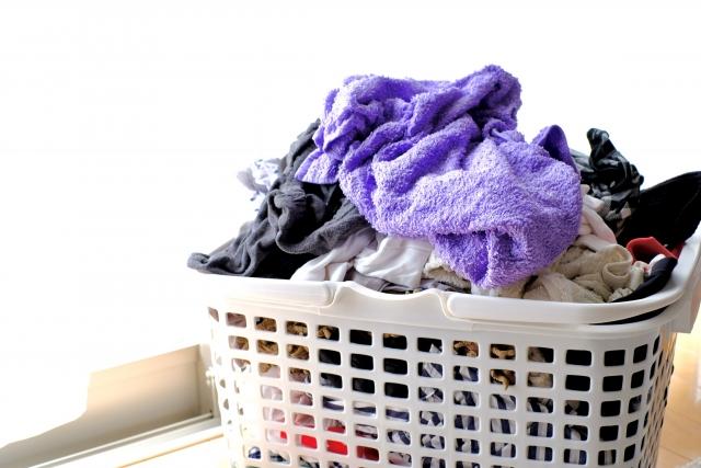 洗濯物のカゴ