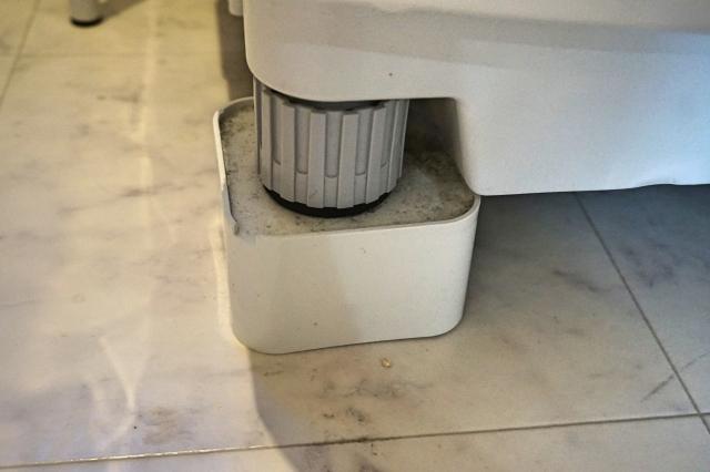 洗濯機の底上げ